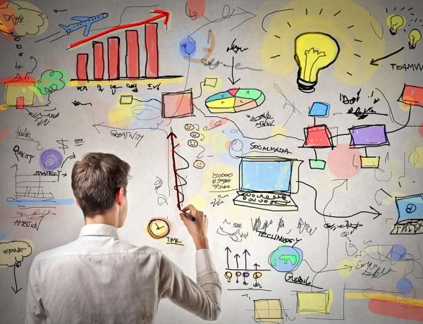 Side Projects. Un modo efficace per migliorare la professionalità e l'autostima.